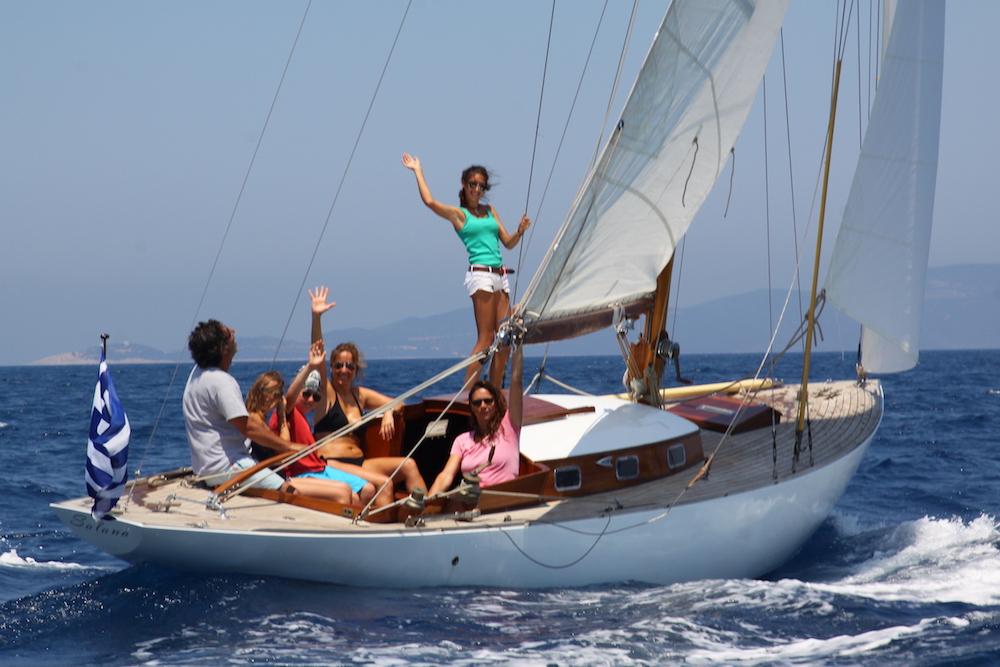 Salana under sail with crew taken from aft std quarter