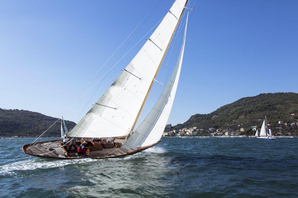 Gometra, Alfred Mylne Bermudan sloop under sail